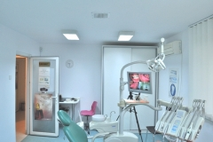 Implant dentar sector 3