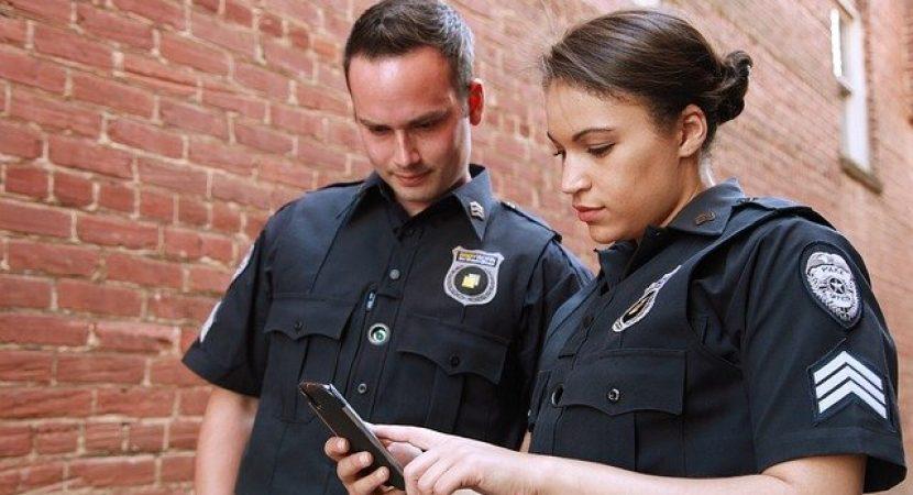 examen de admitere la scoli de agenti de politie
